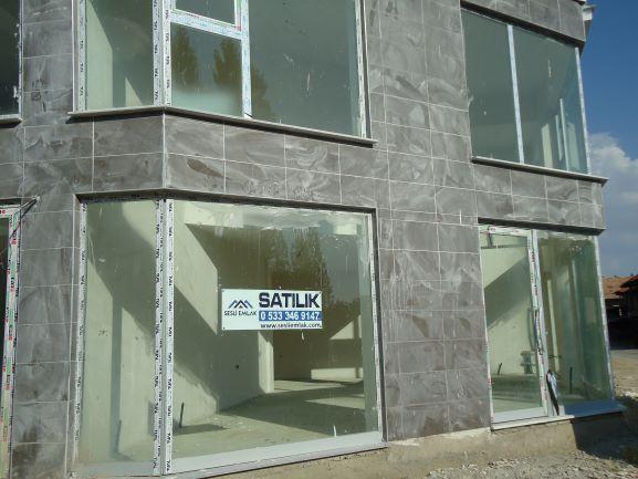 Eski sanayi de satılık yeni dükkan 60 + 40 m²