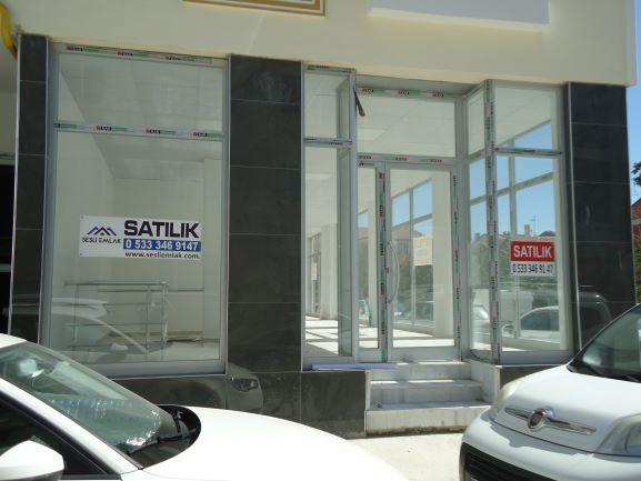 Çarşı da Satılık Yeni işyeri 174 m² + 140 m² bodrum